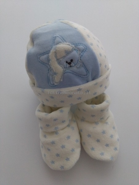 Hat and chenille shoes image bear and star. Colour light blue, one size Light blue One size