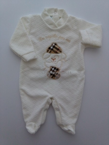 Picture baby chenille footie a gift for me. Colour creamy white, size 3-6 months