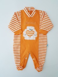 Picture baby footie jersey loves. Colour orange, size 0-1 month