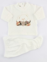 Picture baby footie outfit in chenille bear bow. Colour creamy white, size 1-3 months