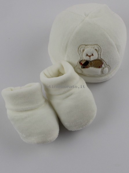 Picture hat and chenille shoes bear bow tie. Colour creamy white, one size Creamy white One size