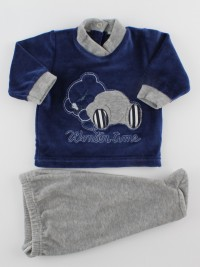 Picture baby footie outfit in chenille winter time. Colour blue, size 3-6 months