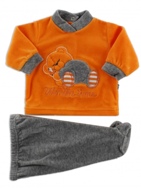 Picture baby footie outfit in chenille winter time. Colour orange, size 0-1 month Orange Size 0-1 month