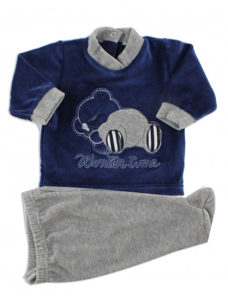 Picture baby footie outfit in chenille winter time. Colour blue, size 3-6 months Blue Size 3-6 months