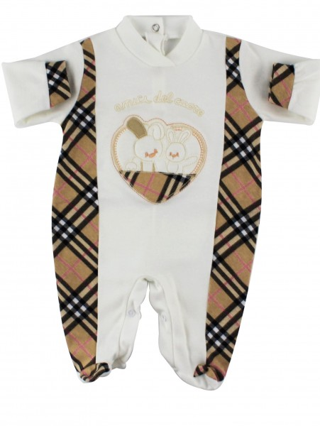 Image cotton baby footie interlock friends heart. Colour creamy white, size 0-1 month Creamy white Size 0-1 month