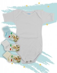 Underwear bodysuits and socks in cotton. Colour white, size 6-9 months