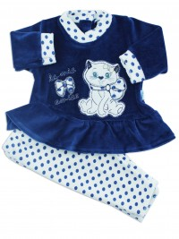 Picture baby footie outfit in chenille kitten friend. Colour blue, size 0-1 month