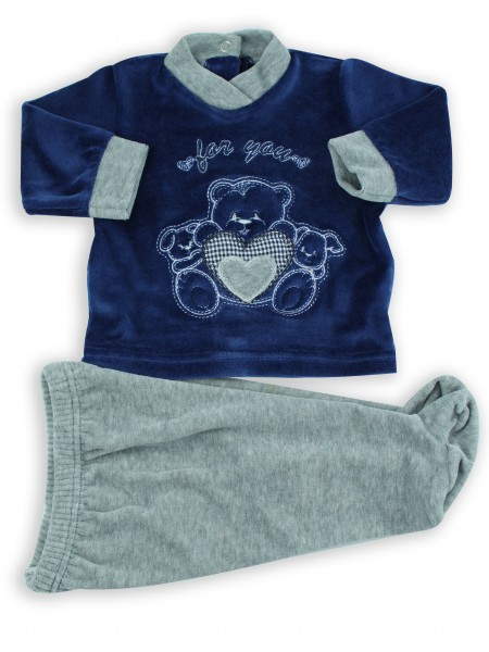 Picture baby footie outfit in chenille for you. Colour blue, size 1-3 months Blue Size 1-3 months