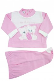 baby outfit I drink interlock milk with writing and embroidered teddy bears. Colour pink, size 3-6 months